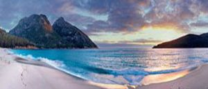 Black-frame-with-drop-line-Sunrise-Wineglass-bay